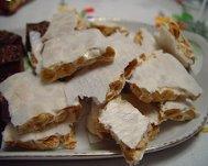Turrón de almendras (almonds)