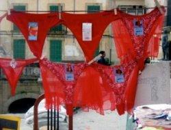 red underwear on nochevieja