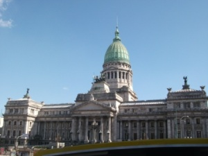 buenos-aires-impressive-building.JPG
