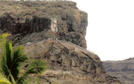 cliff route to puerto de mogan