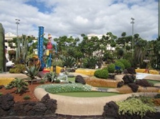 las-americas-mini-golf4.jpg