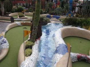 las-americas-mini-golf5.jpg