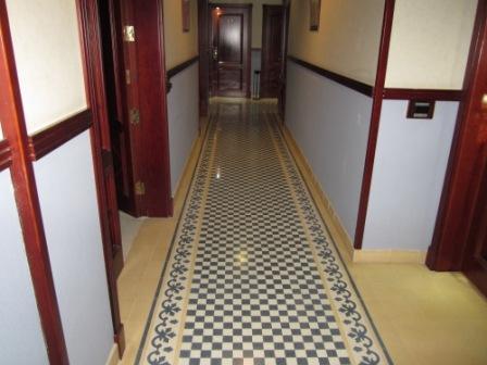 Los-Cristianos-reveron-plaza-corridors.jpg