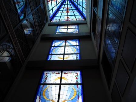 Los-Cristianos-reveron-plaza-stunning-windows.jpg
