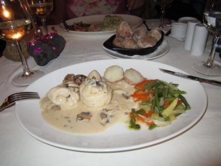 Los-Cristianos-sole-champagne-mushroom-sauce.jpg