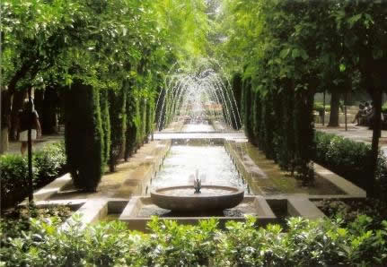 majorca-palma-pretty jardins next to sa seu