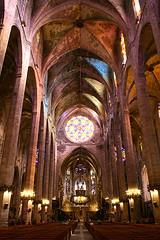 majorca-interior-cathedral