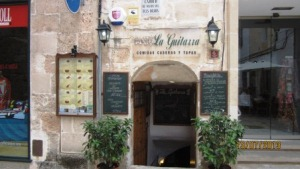 Menorca-2013-La-Guitarra-restaurante.jpg