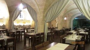Menorca-2013-Moli-restaurant-interior.jpg
