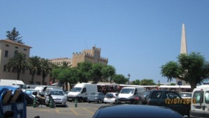 Menorca-ciutadella-placa-born.jpg