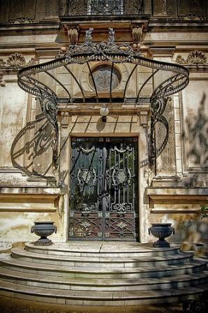 La casa de los Munster en Paseo Montejo - Merida