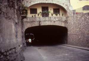 mexico-places-subterranean-roads.jpg