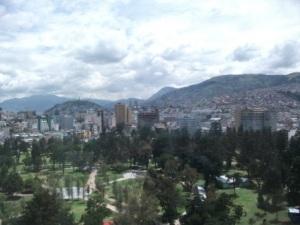 Quito-panorama.JPG