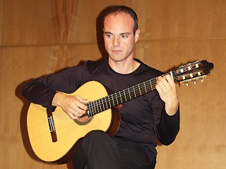 ricardo gallen - spanish guitarist
