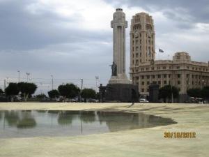 santa-cruz-de-tenerife-plaza-de-espana.jpg