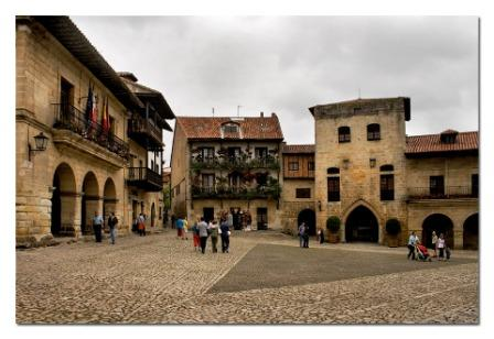 santillana del mar plaza