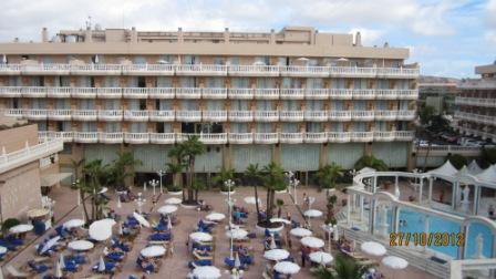 Tenerife-hotel-cleopatra-balcony-view1.jpg