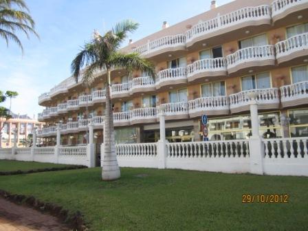 Tenerife-hotel-cleopatra-external-marco-antonio.jpg