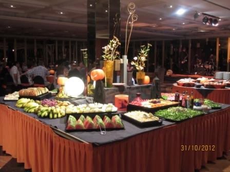 Tenerife-hotel-cleopatra-gala-food-spread.jpg