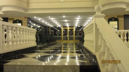 Tenerife-hotel-cleopatra-marco-antonio-lobby.jpg