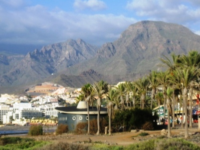 Tenerife-mountains-backdrop.jpg