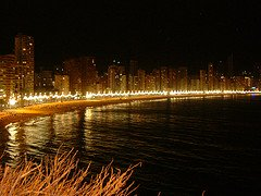 benidorm levante playa at night