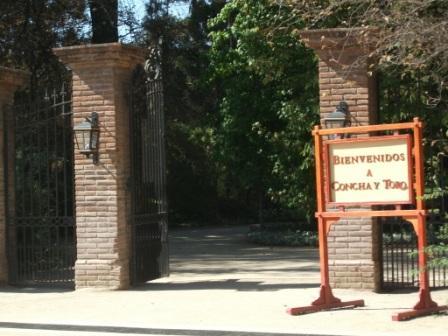 chile-concha-y-toro-entrance1.JPG