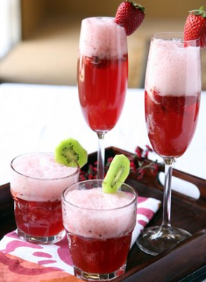 licor-strawberry-cocktail.jpg