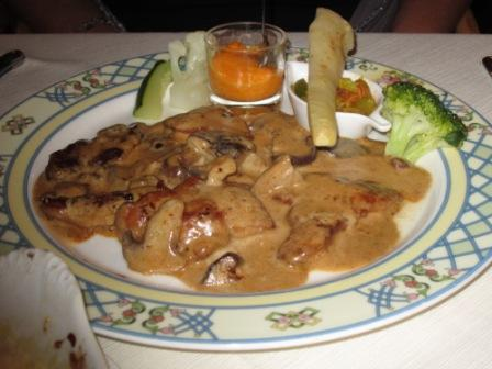 Los-Cristianos-veal-champagne-sauce.jpg