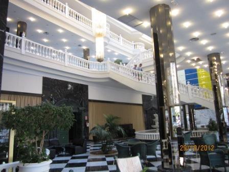 Tenerife-hotel-cleopatra-marco-antonio-groundfloor1.jpg