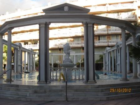 Tenerife-hotel-cleopatra-pool.jpg
